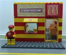 LEGO CUSTOM MOC CITY McDonals RESTAURANT MINIFIG Drive True